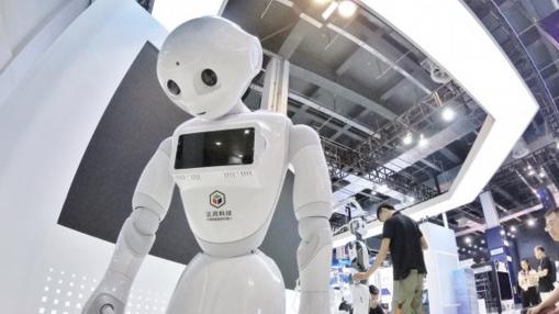 未来的就业硬核行业!深圳市宝安区免费培训机器人编程+操作培训